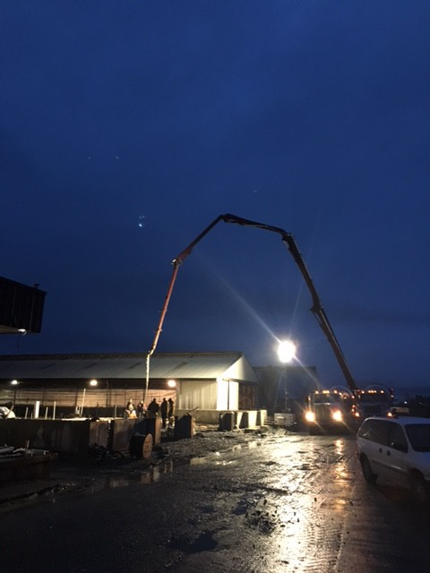 Work Starts before Sunup using Light Towers