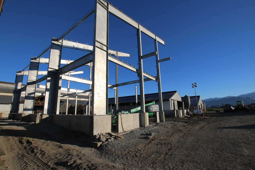 Front Steel Support Posts